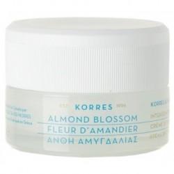 Korres Almond Blossom Moisturising Cream Nawilżający krem na dzień do skóry tłustej i mieszanej 40ml